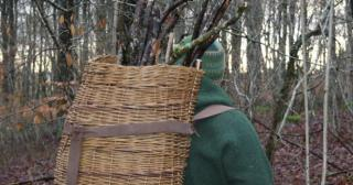 Willow pack basket