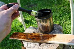 Sealing the wood with birch tar